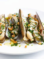 Razor shells with walnut and herb dressing