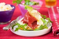 Parma ham with rocket and cream cheese