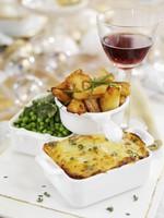 Various vegetable side dishes for Christmas dinner 22199065943| 写真素材・ストックフォト・画像・イラスト素材|アマナイメージズ