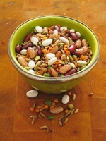Beans, lentils, peas and corn in a bowl 22199066166| 写真素材・ストックフォト・画像・イラスト素材|アマナイメージズ