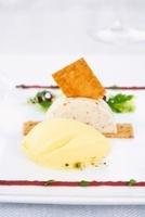 Goat's cream cheese tartlet with pumpkin ice cream