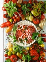 Tomato salad with onions, fresh tomatoes and herbs