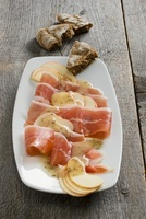 Bacon and apple carpaccio with caraway vinaigrette (south Ty