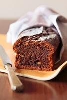 Chocolate cake with honey