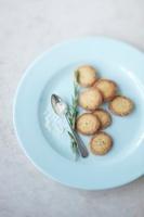 Rosemary sand cookies