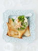 Horseradish and salmon cream with sesame toast