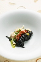 Black spaghetti with squid, lemon grass and chili