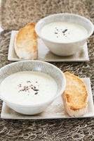Blue cheese soup with biltong