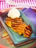 Grilled pineapple with vanilla ice cream
