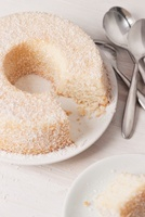 Angel food cake with coconut