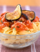 Tagliatelle with tomato sauce and grilled aubergines