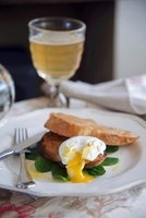 Rarebit with a poached egg and beer