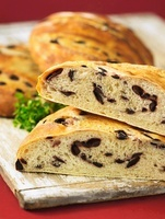 Olive and thyme bread