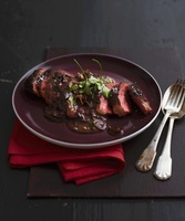 Pan-fried duck breast with red wine sauce