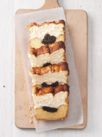 Four slices of cheese cake with poppy seeds