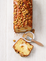Ricotta cake with pine nuts