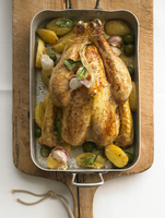 Bay leaf chicken with potatoes and olives