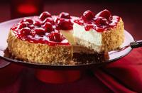 Cheese cake with cherries 22199074546  写真素材・ストックフォト・画像・イラスト素材 アマナイメージズ