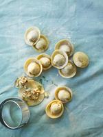 Cappeletti ai finferli e rosmarino (stuffed pasta, Italy)