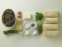 Ingredients for asparagus with crayfish and Bearnaise sauce