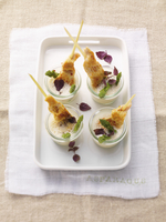 Asparagus soup with a chicken skewer