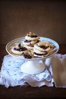 Black and white currants cookies