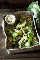 Pak choi tempura with a sour cream dressing 22199078518| 写真素材・ストックフォト・画像・イラスト素材|アマナイメージズ