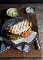 BLT sandwich 22199078770| 写真素材・ストックフォト・画像・イラスト素材|アマナイメージズ