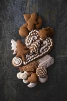 Assorted gingerbread biscuits 22199079002| 写真素材・ストックフォト・画像・イラスト素材|アマナイメージズ