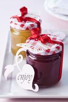 Jam in screw-top jars as wedding favours
