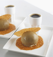 Coffee ice cream with Brandy Snaps and coffee