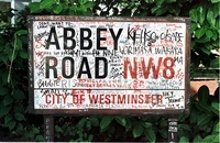 PHOTO NEWS SERVICE OLD BAILEY PIC SHOWS: THE ABBEY ROAD SIGN