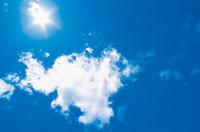 晴天の空 22257000123| 写真素材・ストックフォト・画像・イラスト素材|アマナイメージズ