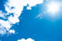 晴天の空 22257000125| 写真素材・ストックフォト・画像・イラスト素材|アマナイメージズ
