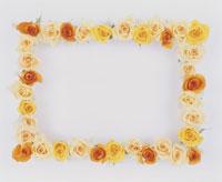 バラの花で作ったフレーム