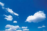晴天の空 22257001652| 写真素材・ストックフォト・画像・イラスト素材|アマナイメージズ