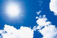 晴天の空 22257001665| 写真素材・ストックフォト・画像・イラスト素材|アマナイメージズ