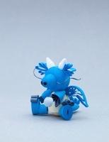 ペーパークラフトで作った子供ドラゴン