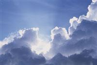 雲間の太陽光線