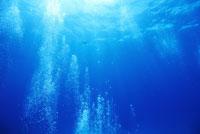 水中に気泡