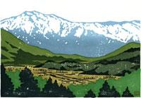 ふるさと風景版画の雪山と村