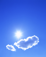 わた雲と太陽