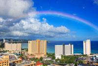 虹とタモン湾のホテル街