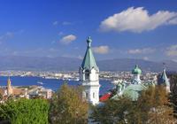 ハリストス正教会と函館港遠望 22320041455| 写真素材・ストックフォト・画像・イラスト素材|アマナイメージズ