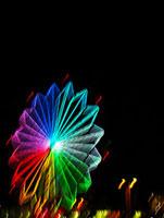 ネオンに輝く夜の観覧車
