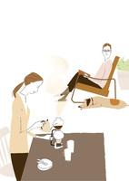 ダイニングでコーヒーを入れる女性と香りに振り向く男性