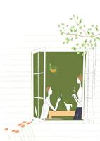 窓辺のダイニングで談笑する夫婦 22342000252| 写真素材・ストックフォト・画像・イラスト素材|アマナイメージズ