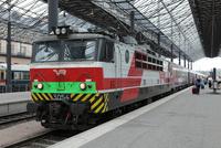 ヘルシンキ駅に到着したモスクワ発レフトルストイ号