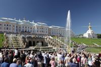 ペテルゴーフ宮殿と噴水