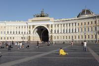 宮殿広場と旧参謀本部